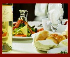 Disfruta de gran variedad de platillos en #Mercaderes, restaurante con excelente servicio y ambiente relajado.