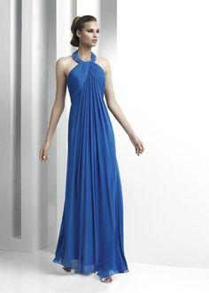 Vestido azul largo.