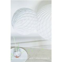 Honeycomb bal white | Engelpunt Honeycomb, Party Time, Honeycombs, Honeycomb Pattern