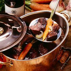 Découvrez la recette Bœuf bourguignon sur cuisineactuelle.fr.