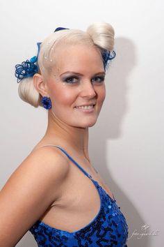 Photographer: foto.igaard.dk MUA & Stylist: Camilla Linning Model: Me (Heidi Bjelkerup)