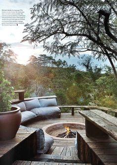 Cozy Backyard and Garden Seating Ideas for Summer 40 Outdoor Fire, Outdoor Living, Cozy Backyard, Outdoor Spaces, Outdoor Decor, Outdoor Seating, Garden Seating, Garden Inspiration, Exterior Design