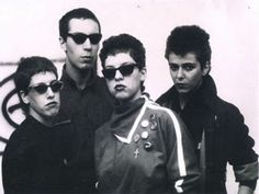 O grupo As Mercenárias, importante marco do período pós-punk no Brasil, celebra…
