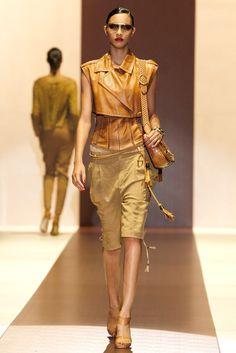 Gucci Spring 2011 Ready-to-Wear Fashion Show - Lais Ribeiro