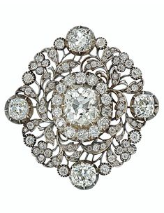 Bid in-person or online for the upcoming auction:Magnificent Jewels on 11 December 2019 at New York Edwardian Jewelry, Gothic Jewelry, Antique Jewelry, Vintage Jewelry, Ancient Jewelry, Antique Silver, Diamond Pendant, Diamond Jewelry, Jewelry Design Drawing