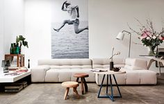coffee tables + oversized b+w photo | VT Wonen