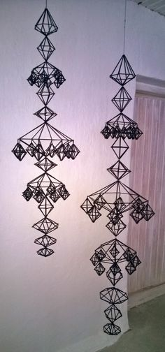 TAITO NÄPEISSÄ: Vierailu Himmelisti Eija Kosken luona Straw Decorations, Christmas Decorations, Hobbies And Crafts, Diy And Crafts, Arts And Crafts, Cozy Christmas, Christmas Crafts, Mobiles, 3d Wall Decor