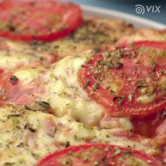 Mix things up and give these blender recipes a try! [Video] in 2020 Pizza Snacks, Pizza Recipes, Cooking Recipes, Healthy Recipes, Skillet Recipes, Cooking Tools, Food Porn, Good Food, Yummy Food