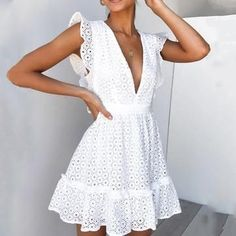Maxi Bridesmaid Dresses White Homecoming Dresses Dinner Dress Blue Dre – inloveshe Best Picture For Lace Dress winter For Your Taste You are looking for something, and it is going to tell you exactly White Homecoming Dresses, White Bridesmaid Dresses, White Summer Dresses, White Dresses For Women, Winter Dresses, Trend Fashion, Look Fashion, Swag Fashion, Fashion Hacks