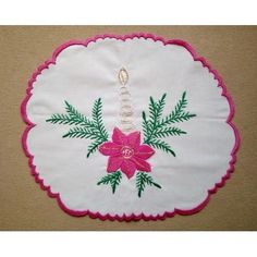 Hand embroidered ornaments, home decoration crafts for Christmas, Easter, Valentine's Day Holiday Candles, Holiday Ornaments, Christmas Crafts, Christmas Embroidery, Decor Crafts, Doilies, Folk Art, Valentines Day, Easter