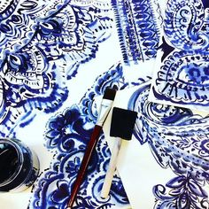 Letting loose with some inky blue paisley! #indigo #paisley #watercolor #handpainted #textiledesign