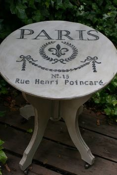 Reloved Rubbish: Paris Gray Chalk Paint and Stenciled Table