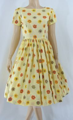 Vintage Fifties Dress 1950s Fit and Flare by JanetandJaneVintage