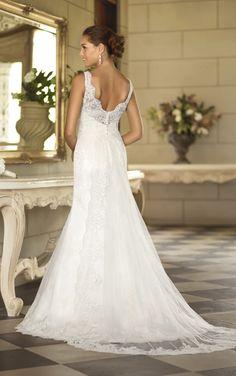 Bridal Gown | Lace Bridal Gown | Wedding Dresses | Stella York  #SoStella #WeddingDress #VintageBoho