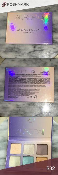 ANASTASIA AURORA GLOW KIT Used a few times, but great condition Anastasia Beverly Hills Makeup Luminizer