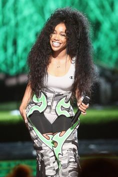 Now's Your Chance to Get Into SZA Before She Completely Blows Up