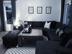 Living room // Ønsker dere en god kveld / Wishing you a lovely eveni Home And Living, Home Living Room, Apartment Decor, First Apartment Decorating, Living Room Decor Apartment, Home, Interior Design Living Room, Black Living Room, Apartment Living Room