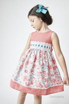 Tartaleta: Primavera Verano 2016 Little Dresses, Little Girl Dresses, Pretty Dresses, Girls Dresses, Little Girl Fashion, Toddler Fashion, Kids Fashion, Toddler Dress, Baby Dress