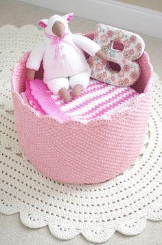 Gigantic crochet basket