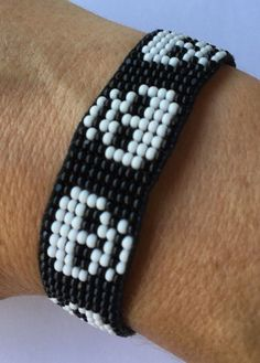 Skull bracelet Loom beaded bracelet seed bead by ByePeanut on Etsy