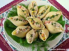 muszle conchiglioni nadziewane tunczykiem - przekaska na impreze Easter Recipes, Snack Recipes, Dinner Recipes, Healthy Recipes, Snacks, Dinner Dishes, Food Design, Dessert, Catering