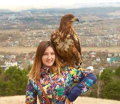 Доброе мои хорошие! А это мой пернатый другНо честно говоря я глаза закрыла от страха и вовремя взмах крыла - ого-го как ветром подуло  #lora_travel#кисловодск#путешествие#никон#никонфото#vscorussia#passionpassport#livefolk#natgeoru#natgeo#cntravelrussia#beautifuldestinations#thatpnwlife#mobilemag#skfoonline#thetrickytree#russiainside#madrussians#moderoutdoorsman#greatnorthcollective#thisismycommunity#ourcamplife#liveadventurously#tagsta_travel#travel by lora_miracles