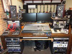 527537d1453641056-show-me-your-homemade-custom-made-console-studio-furniture-no-premade-bought-image_9636_0.jpg (1024×768)