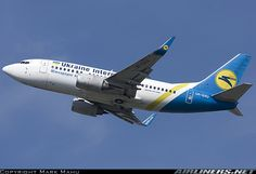 Boeing 737-5Y0 aircraft picture