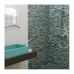 Glass mosaic painted on the surface in contemporary sizes and colors. Matt finish, 8 mm thickness, on mesh. Ok wall. Types Of Wood Flooring, Solid Wood Flooring, Laminate Flooring, Italian Tiles, Tile Manufacturers, Different Types Of Wood, Porcelain Tile, Mosaic Glass, Mosaics