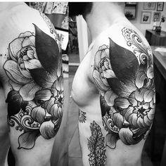 Tattoo cover up by Santiago Lobo https://www.instagram.com/santiagolobo/?hl=en #chrisanthemum #peonies #peonytattoo #coverup