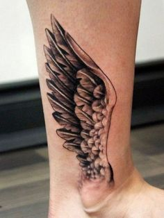 Wings ankle tattoo - Alas tatuadas en tobillo