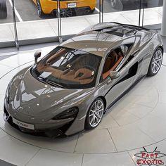McLaren❇ My ultimate dream car! This beast makes me swoon.