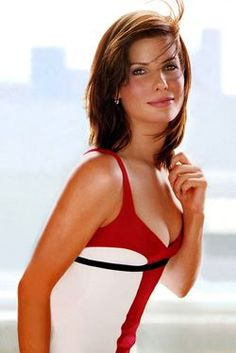 Sandra Bullock, Soft Natural body type, blunt yang with a bit of yin.