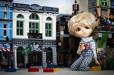 "Pohjoistuuli ☁️ on Instagram: ""— I have built a Lego city. 🏙  #lego #pullipsuomi #pullipdoll #obitsu #pullip #pullipnukke #city #doll #nukke #tiphona #pulliptiphona…"" Lego City, Dolls, Disney Princess, Disney Characters, Building, Instagram, Baby Dolls, Puppet, Buildings"