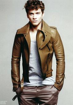 Burberry Prorsum - this guy looks like he's constipated, but I absolutely looooove the jacket