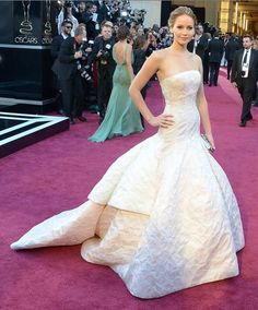 Jennifer Lawrence in Dior couture at the #Oscars