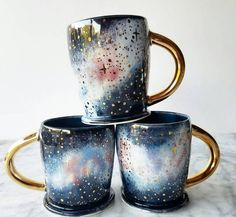 Katie Marks tem apenas 26 anos de idade e a grande habilidade de criar peças de cerâmica maravilhosas. Conheça o incrível trabalho dessa moça.