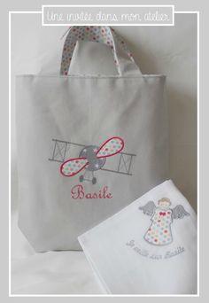 enfant r/éversible cartable Cadeau personnalis/é pour homme femme message logo Bijoux de sac Porte Cl/és Breloque LOUISA Personnalis/é avec pr/énom