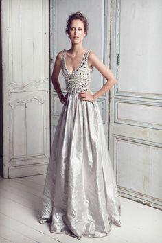 Weddbook ♥ #wedding #wedding dress