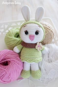 White Rabbit with a Red Heart: Crochet Pattern