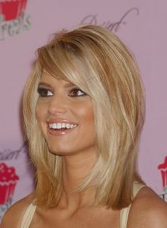 meduim hairsyles with bangs fine hair | Cute hairstyles with bangs for medium hair pictures 3