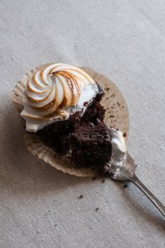 Sweet Treats: Toasted Marshmallow Chocolate Stout Cupcakes. Can't believe we get to have @Laura Vein  cook us for the next five days - SO FREAKING EXCITED :D
