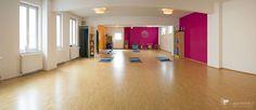 Großzügiger Yogaraum - auch für regelmäßige Nutzung buchbar Unser Yogastudio befindet sich mitten im Bremer Viertel in...