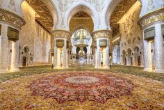 #CarpetFunFacts: The world's largest carpet is in the prayer hall of The Sheikh Zayed Grand Mosque in Abu Dhabi. It was made by The Iran Carpet Company and is 60,570 square feet in size ... larger than a football field! The carpet was hand knotted by 1,200 artisans over 12 months. The total project including design, knotting, transporting, weaving & trimming took 2 years.