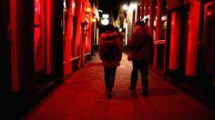 Roma: al vaglio un progetto per un quartiere a luci rosse