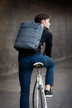 ACME PEAK Messenger Bag & Backpack