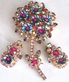 Juliana Book Piece Molded Flowers Rhinestone Pin Earring Set | eBay