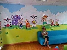 Các nhân vật hoạt hình tại khu vui chơi cho bé tại phòng khám răng Medilad - Yết Kiêu Hà Nội