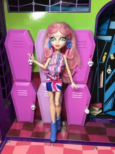 Monster-High-Doll-Viperine-Gorgon-Ghoulebrities-in-Londoom-Great-Condition