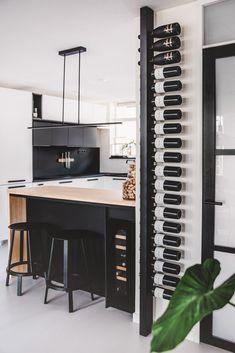Selected by Sabine: nog meer leuks voor je interieur Küchen Design, House Design, Interior Design, Wine Rack Design, Home Wine Cellars, Wine Rack Wall, Cool Wine Racks, Wine Wall, Wine Shelves